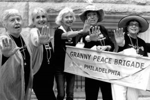 grannies - STOP image